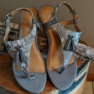 Sperry Everton thong sandals